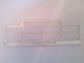 換気扇のフィルターを掃除して真っ白になりました